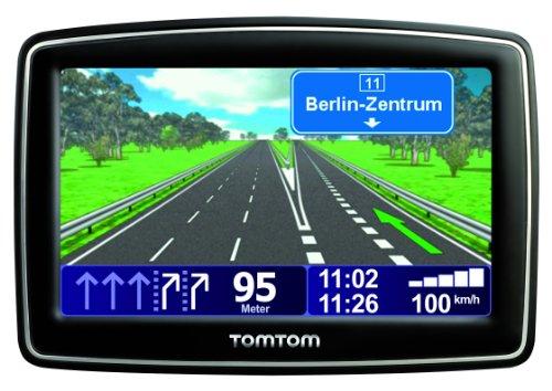 TomTom XL Live 6m Europe Navigationsgerät (42 Länderkarten, Fahrspurassistent, Text-to-Speech, 6 Monate Live Dienste, TMC Gutschein)