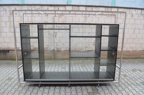 Glasvitrine, 205x285cm, Schwarz/ Alu, 2x Schiebetür, 12x Ablagefächer