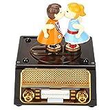 収納オルゴール、ロマンチック カップルオルゴール かわいい 素敵な2人形 キスニング機械 回転 ラジオデザイン オルゴール結婚式 バレンタインギフト