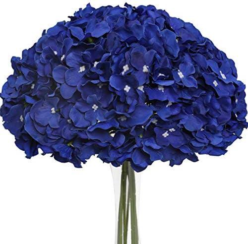 Royal blue bouquet _image0