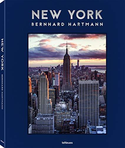 New York Tag und Nacht. Vom Straßenszenen bis Luftaufnahmen bietet dieser Bildband ein beieindruckendes Porträt der Stadt, die niemals schläft ... Französisch) - 27,5 x 34 cm, 208 Seiten
