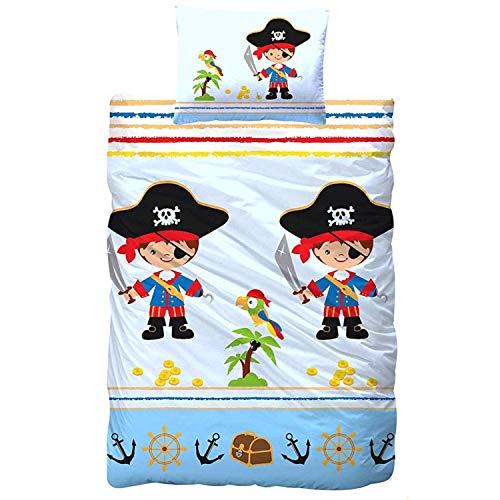 Aminata Kids Kinderbettwäsche 100x135 cm Pirat Jungen Baumwolle mit Reißverschluss, Baby-Kinder-Bettwäsche-Set mit Piraten-Motiv, Piratenschiff, Schatz, Piratenflagge, blau & bunt - weich & kuschelig