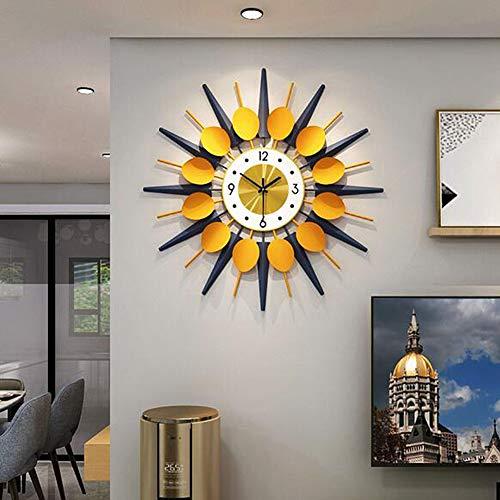 TTIK Reloj de pared moderno de hierro forjado con diamantes, 31.4 pulgadas, silencioso, digital, negro, para decoración del hogar, estudio, sala de estar, batería, C