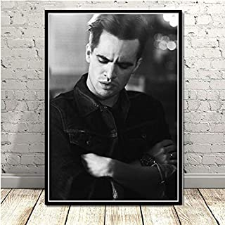 CHQUS Black and White Brendon Urie Panic at The Disco Music Photo Wall Art Painting Canvas Wall Picture Room Home Decoration no Frame 40x60cm