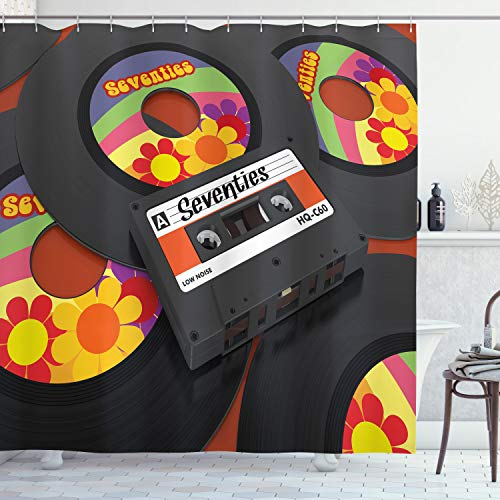 ABAKUHAUS Musik Duschvorhang, Kassette Vinyl 70er, Wasser Blickdicht inkl.12 Ringe Langhaltig Bakterie & Schimmel Resistent, 175 x 180 cm, Schwarz Orange