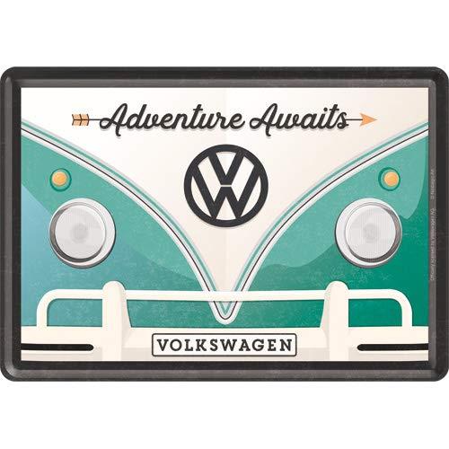 Nostalgic-Art 10317 - Volkswagen - VW Bulli - Adventure Awaits blikken ansichtkaart 10x14 cm, vintage wenskaart, retro postkaart van metaal