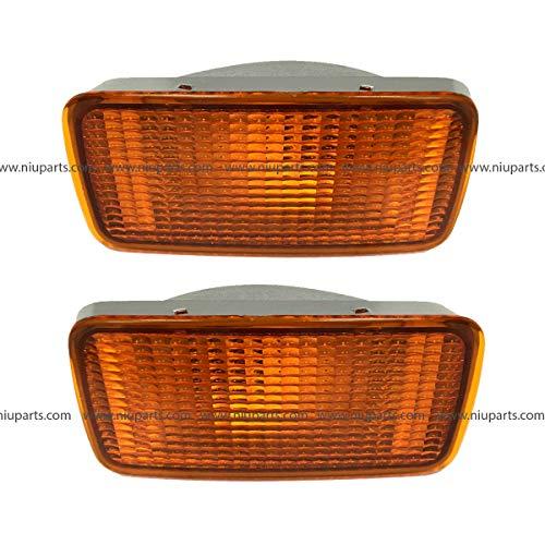 Front Signal Corner Lamp Amber on Bumper - Driver and Passenger Side (Fit: 2006-2011 Nissan UD 1800, UD 2000, UD 2300, UD 2600, UD 3300)