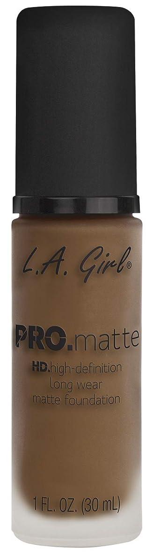 実質的にに変わる洞察力のあるL.A. GIRL Pro Matte Foundation - Deep Tan (並行輸入品)