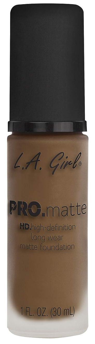 消化聡明ズームL.A. GIRL Pro Matte Foundation - Deep Tan (並行輸入品)
