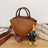 CHAOBAOBAO Damenhandtasche breiter Schultergurt Mode niedlicher Puppenanhänger wild Umhängetasche...