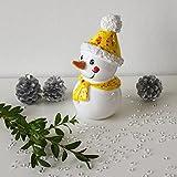 Tangoo Keramik Schneemann MINI mit effekt-gelbem Schal und Mütze