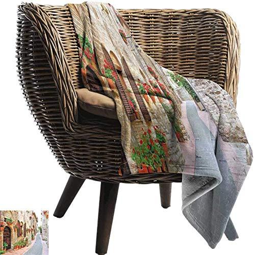Franela Fleece Blanket (150X200cm) Toscana, Porche Con Flores de Colores en UNA Calle Vieja de la...