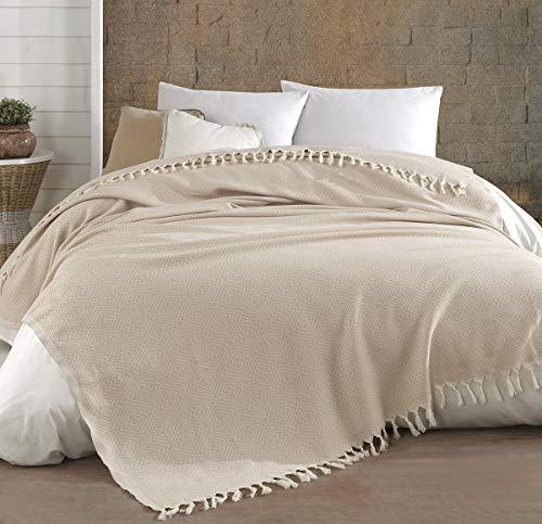 Belle Living Hitit Tagesdecke Überwurf Decke - Wohndecke hochwertig - ideal für Bett und Sofa, 100% Baumwolle - handgefertigte Fransen, 200x250cm (Cappuccino)