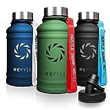 REFYLL Borraccia in acciaio inox 'Hero' in 1,3 l, per sport, palestra, impermeabile, a prova di perdite, robusta, senza BPA, adatta per anidride carbonica, con coperchio sportivo (verde militario)
