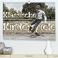 Klassische Kinderspiele (Premium, hochwertiger DIN A2 Wandkalender 2022, Kunstdruck in Hochglanz): Tolle Fotos von aktiven Kindern im Spiel (Monatskalender, 14 Seiten )