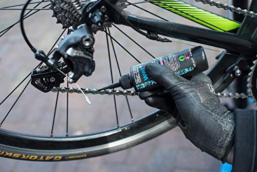 Muc-Off 967US Wet Chain Lube, 120 Millilitres - Biodegradable Bike Chain Lubricant, Suitable For All Types Of Bike - Formulated For Wet Weather Conditions