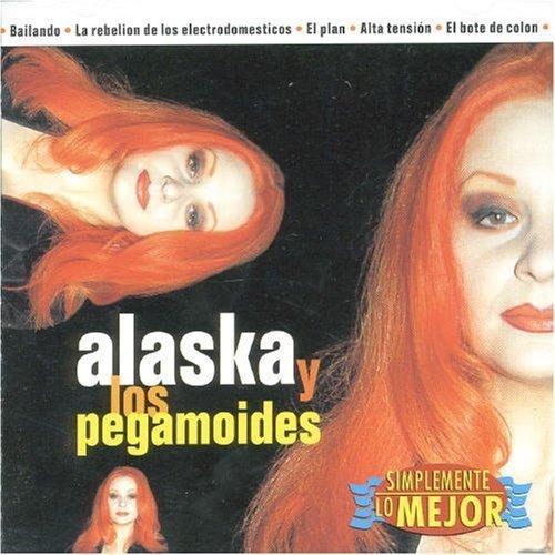 Simplemente Lo Mejor by Alaska Y Pegamoides (1997-05-03)