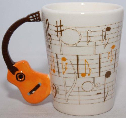 Taza con asa de Guitarra acústica y diseño de Partitura Musical