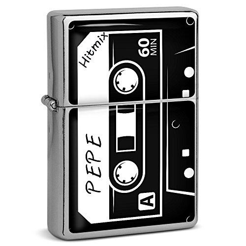 PhotoFancy® - Sturmfeuerzeug Set mit Namen Pepe - Feuerzeug mit Design Kassette - Benzinfeuerzeug, Sturm-Feuerzeug