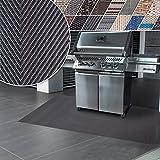 Grillmatte | Unterlage für Grill zum Schutz von Balkon und Terrasse | robuster + abwaschbarer Bodenschutz in 3 Größen - Catania 90x120 cm