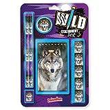 Wild Stationery Set -Lobo de Deluxebase. Este molón set de papelería para chicos incluye 2 lápices, goma de borrar, sacapuntas, regla y cuaderno