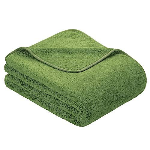 s.Oliver Kuscheldecke 150x200cm Flauschige Wohndecke - warme Microfaser Decke hellgrün, hochwertig eingefasst