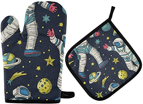 Astronaut Spaceman Flying The Cosmic Galaxy Oven Mitts and Pot Holder,Non-Slip Hot Pads Heat Resistant Kitchen Set for Cooking Baking Grilling BBQ