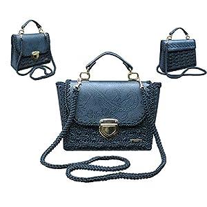 Elegante klassische Jeansblaue designer-Handtasche mit Muster. Umhängetasche mit Prägung auf dem Öko-Leder.Gehäkelte…