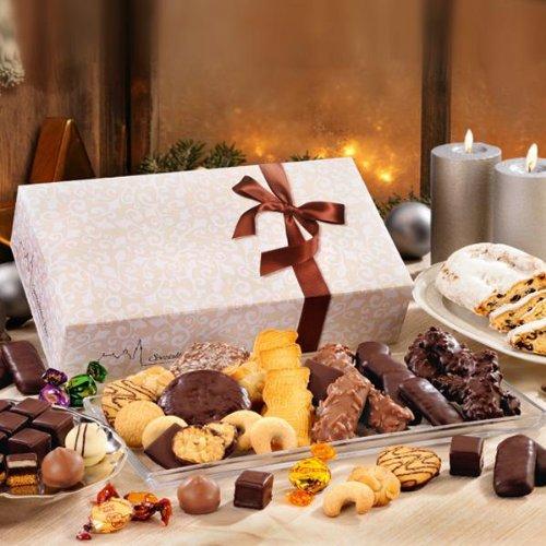 Weihnachtsgebäck Adventsmischung: Genau die richtige Mischung in der Adventszeit. Hier haben Sie von allem das Beste. Marzipanstollen, Pralinen, Elisen-Lebkuchen, und vieles mehr. €17,20/kg