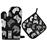 Poeticcity Seamless Vintage Video Game Controller Gadgets and Devices on Dark Oven Mitts Pot Holders Sets, Potholder Hot Pads Heat Resistant Kitchen Oven Gloves for Cooking Baking Grilling Barbecue