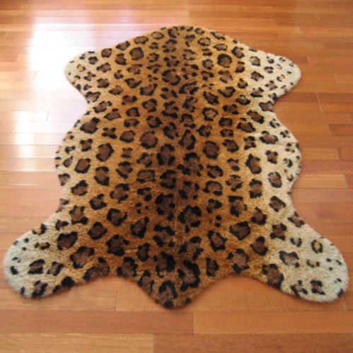 Walk on Me Classic Leopard Faux Fur Pelt Shape Rug - New from France (3x5 (Actual 40' x 55'))