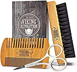 Beard comb and beard brush set for men- Natural boar bristle Brush and comb made of pear wood. The set contains a velvet toiletry bag.