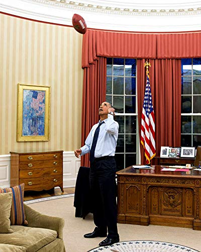 bucraft Barack Obama TOSSES Football in The Oval Office - 8X10 Photo (BB-891)