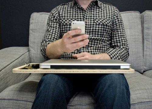 "iSkelter SlateGo: Mobile LapDesk - Travel Size Lap Desk (for 17"" Laptops)"