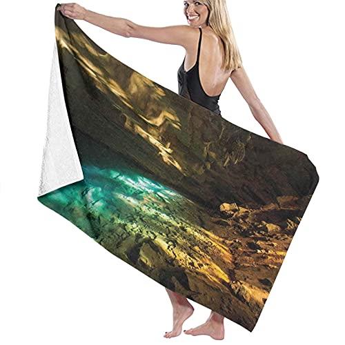 Toalla de baño de Calidad súper Suave, Dentro de la Cueva volcánica con Agua Termal Caliente Cerca del Norte de Islandia, Toque Natural, Toalla de baño súper Absorbente
