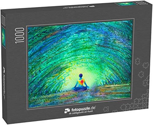 Puzzle 1000 Teile Chakra Farbe menschlicher Lotus Pose Yoga im grünen Baum Waldtunnel - Klassische Puzzle, 1000 / 200 / 2000 Teile, edle Motiv-Schachtel, Fotopuzzle-Kollektion 'Kunst 2'