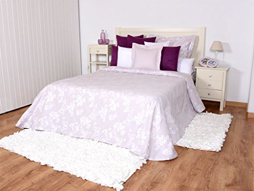 Tiendas Mi Casa - Colcha Mariposa Color Rosa, Cama 135 cm (240x270 cm). Disponible en Varios tamaños y Colores.