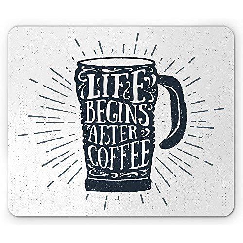 Sprichwort Mausunterlage,Schmutz Bild des Lebens fängt an,nachdem Kaffee Beschriftung auf hohem Becher,rutschfestes Gummimousepad des Standardgrößen Rechtecks,dunkles nachtblaues Kadett blaues Weiß 3