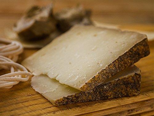 Barigadu, pecorino a latte crudo aromatizzato al tartufo (1 kg) prodotto in Sardegna da Giuseppe Cugusi, Sa Marchesa, di Gavoi