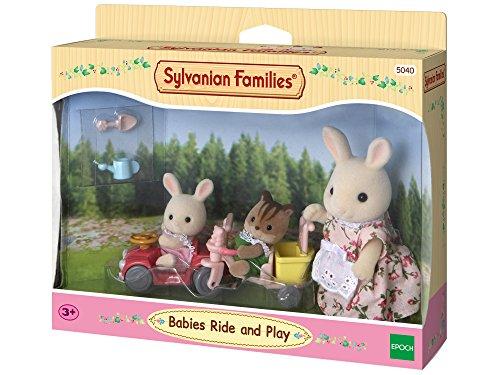 Sylvanian Families 5040 Babys Fahr und Spiel-Set - Puppenhaus Spielset