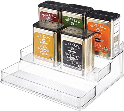 iDesign Küchenregal mit 3 Ebenen, großes Gewürzregal aus Kunststoff, Schrank Organizer für Gewürze, Vorratsdosen und weiteres Küchenzubehör, durchsichtig