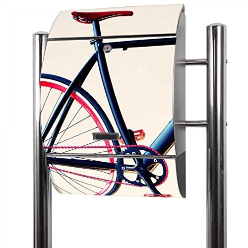Banjado Briefkasten Edelstahl mit Ständer | Postkasten freistehend 126x53x17cm | Standbriefkasten mit Zeitungsfach und Namensschild Motiv Rennrad
