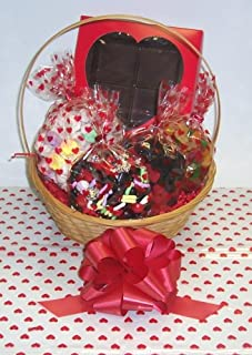 Scott's Cakes Large Cupids Arrow Valentine Basket Handle Heart Wrapping