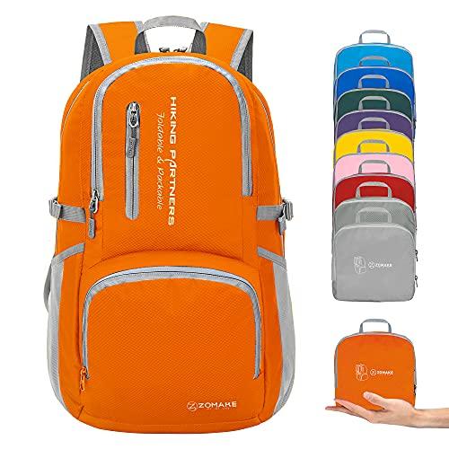 ZOMAKE Faltbaren Rucksäcke, Klein Wasserfest Wandern Daypack, Leicht Rucksack für Männer Frauen im Freien (Orange)