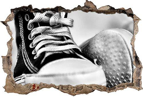 KAIASH 3D Muurstickers Monocrome Converse All Stars schoenen Muurdoorbraak in 3D look Muur of deursticker Muursticker Muurtattoo Wanddecoratie 62x42cm