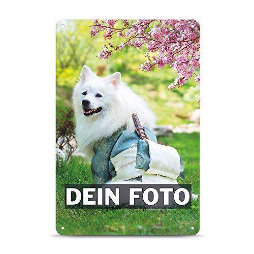 Tassendruck Blech-Schild mit Foto und Text selbst gestalten/Personalisierbar mit eigenem Bild als Metall-Poster / A4 (21x30cm) im Hochformat/Weiss