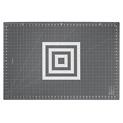 Fiskars Crafts Folding Cutting Mat, 24 x 36, Grey