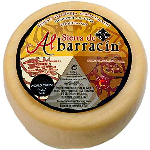 Questo formaggio semistagionato è prodotto esclusivamente con latte crudo di pecora proveniente dal bestiame ovino da latte della Sierra de Albarracin.