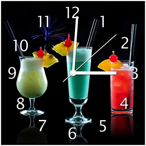 Wallario Design Wanduhr Bunte Cocktails vor schwarzem Hintergrund aus Echtglas, Größe 30 x 30 cm, weiße Zeiger