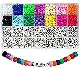 Juego de 770 cuentas con letras del alfabeto, 6 x 9 mm, coloridas y con letras A-Z, con gran agujero para pulseras, joyas y manualidades